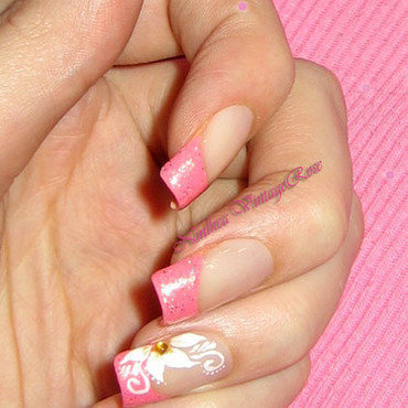 Pink nail art by Ninthea