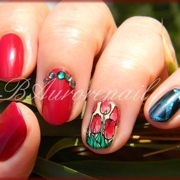 Tulipe nail art by BAurorenail