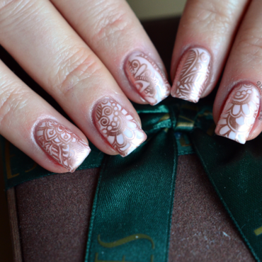 Rose Gold nail art by 9th Princess