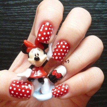 Minnie mouse nail art by Justine145