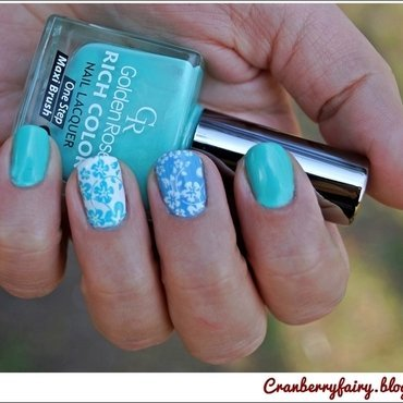 Turquoise spring! nail art by Cranberry Fairy
