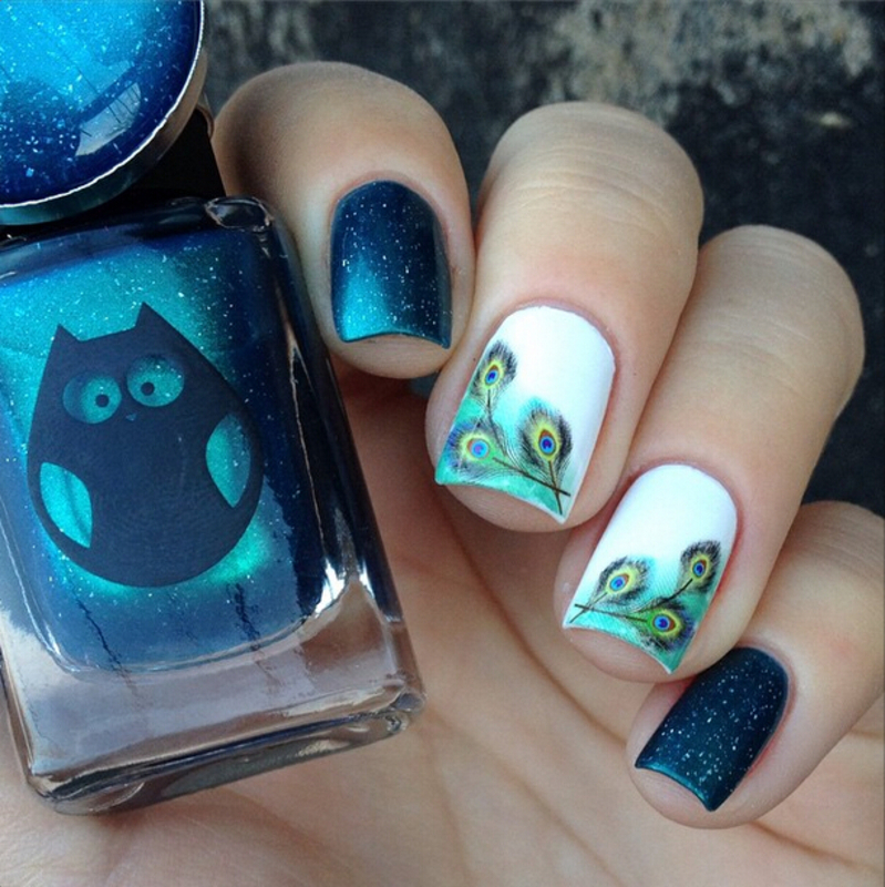 Fancy Blue Feather Water Decals Nails: nail art by Born Pretty
