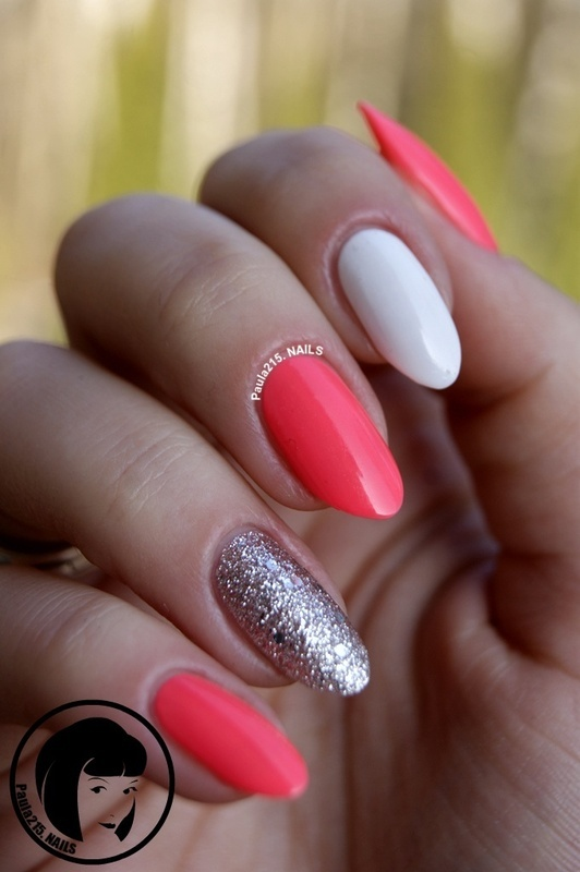 Neon&Glitter. nail art by Paula215. NAILS