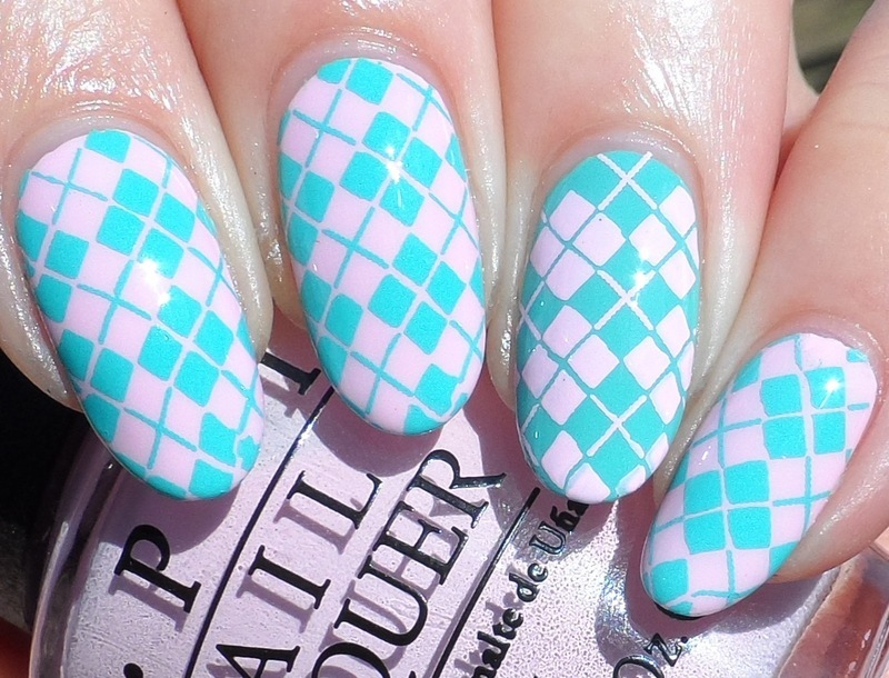 Twin Nails nail art by Plenty of Colors