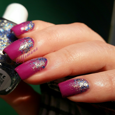 Glitter Gradient nail art by Arlett