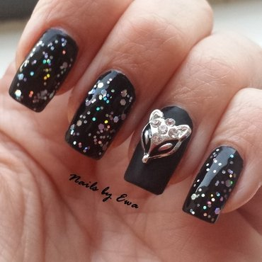 Black nails nail art by Ewa