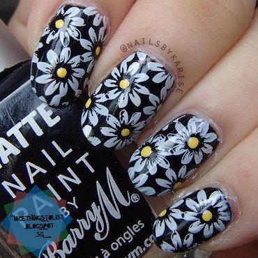 Glamnailschallenge diasies stamping nail art thumb370f