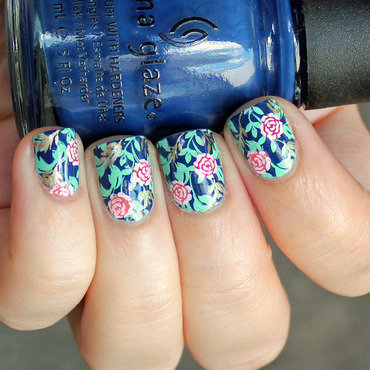 Blue + Flowers nail art by Moriesnailart