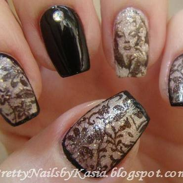 Marilyn Monroe nail art by Pretty Nails by Kasia
