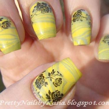 Water marble with stamping nail art by Pretty Nails by Kasia