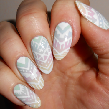Pastel Tribal Gradient nail art by MyMintNails