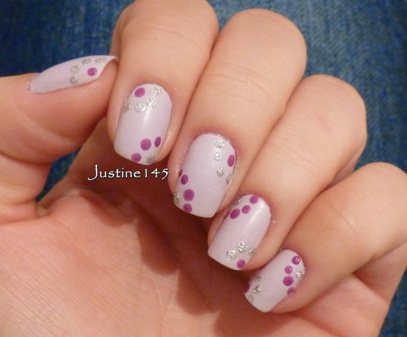 dots nail art by Justine145