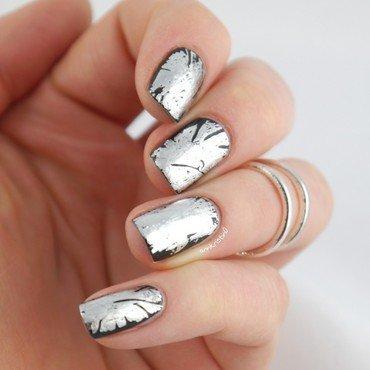 Edgy Foil Nails nail art by Ann-Kristin