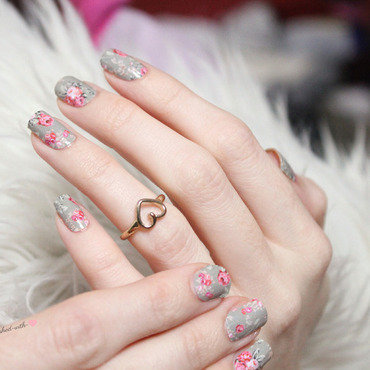 Floral nailwraps nail art by Jen from polished-with-love