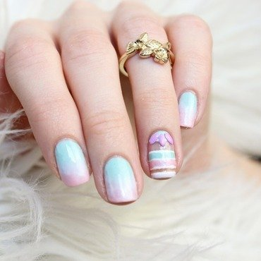 Gradient pastel nail art by Jen from polished-with-love