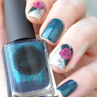 exotic flowers nail art by nathalie lapaillettefrondeuse