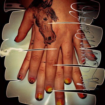 Savanna and horse nail art by Ewa EvaNails