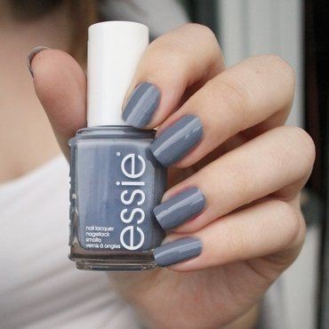 Essie Petal Pushers Swatch by katharinapeskelidou