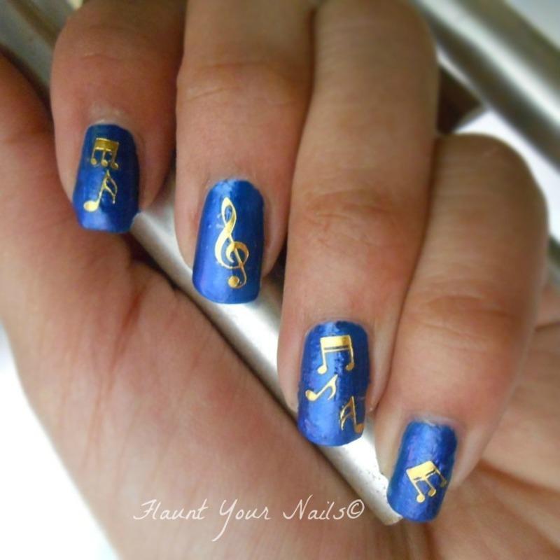 Musical Notes nail art by Vidula Kulkarni