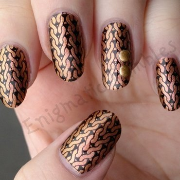 Rose Gold Knit nail art by Enigmatic Rambles