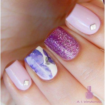 Lilac and purple nail art by Yami