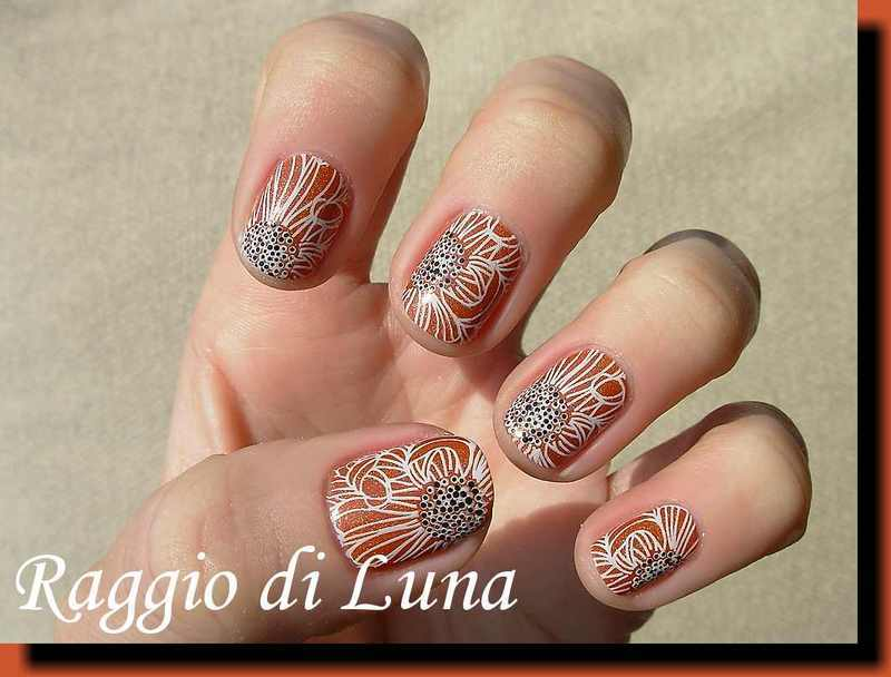 Stamping: White floral on holo orange nail art by Tanja