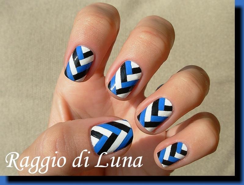 Fishtail braid black & white & blue manicure + Tutorial nail art by Tanja