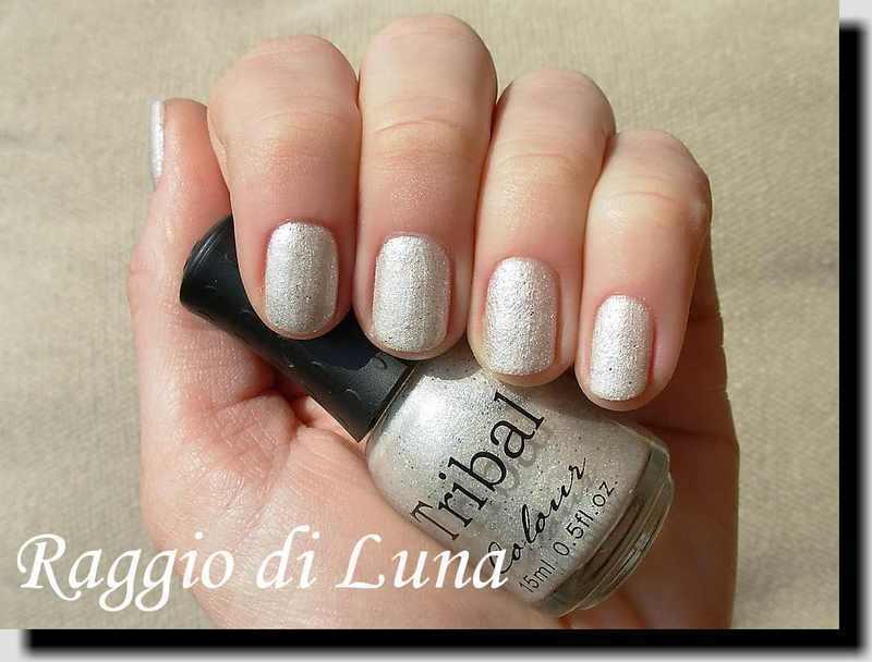 BPS Tribal Textured Liquid Sand nail polish n° 01 White Swatch by Tanja