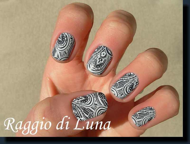Stamping: Floral print on velvet grey blue nail art by Tanja