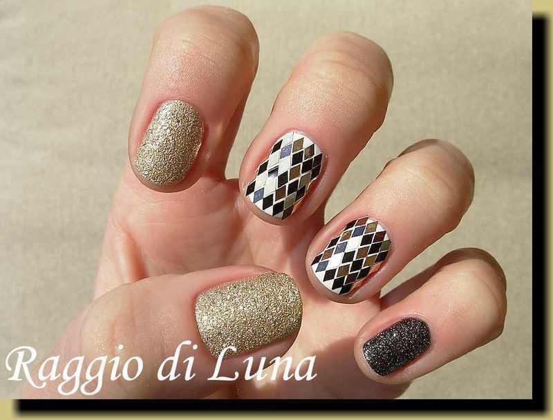 Black & golden diamond shaped glitter manicure nail art by Tanja