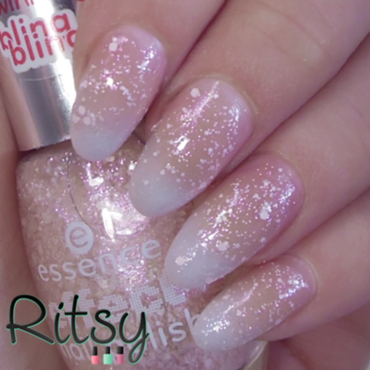 Essence Awesome Blossoms Swatch by Ritsy NL