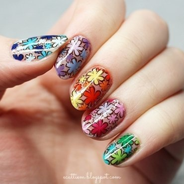 NEGATIVE FLOWER POWER nail art by ecattiem