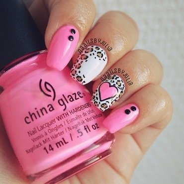 Leopard heart nail art by Julia