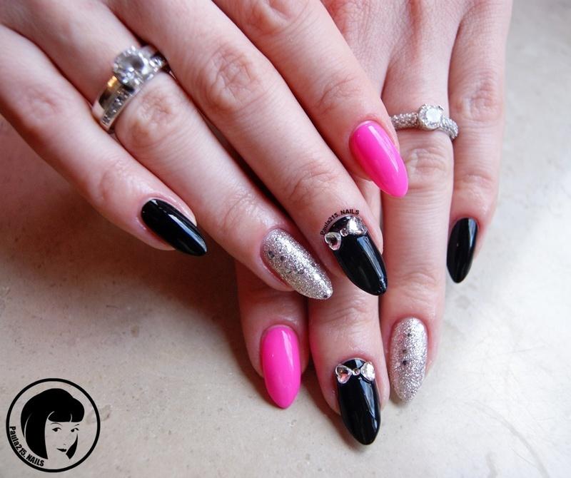 Sweet Bows. nail art by Paula215. NAILS