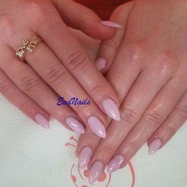 Pink nail art by Ewa EvaNails