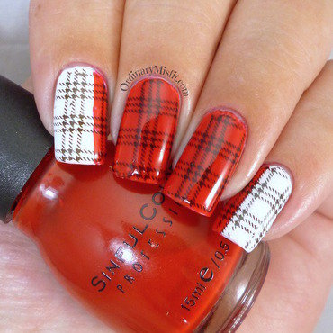 White 20and 20red 20plaid 20nail 20art thumb370f