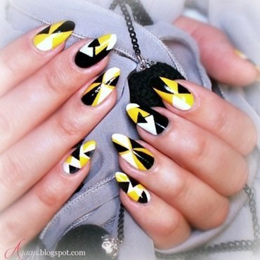 Geometric nail art by Agacys