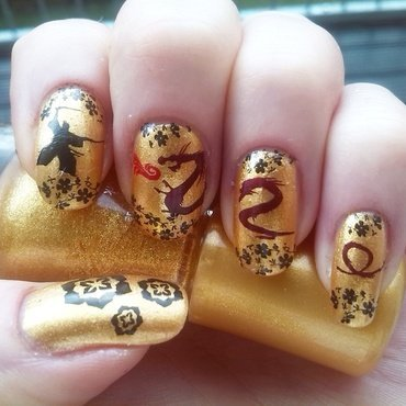 Dragonfight  nail art by _annagemini