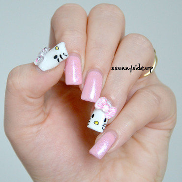 Hello Kitty nails nail art by ssunnysideup (Sabrina)