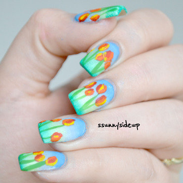 Tulips from Amsterdam nail art by ssunnysideup (Sabrina)