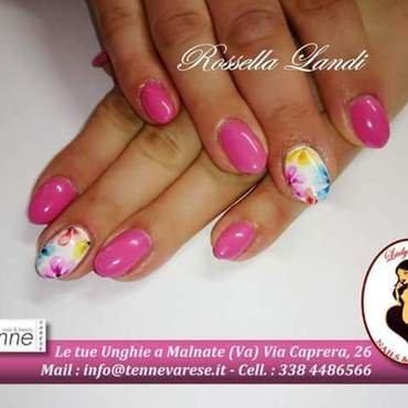 fiori di primavera nail art by Rossella Landi