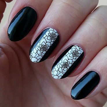Stamping Maniac Project - Black&White nail art by Mgielka M
