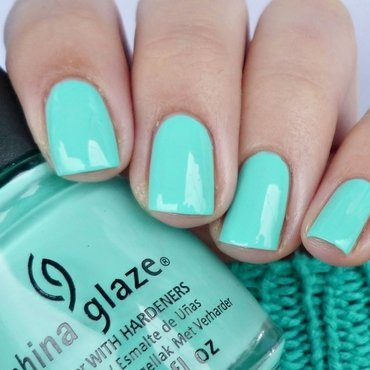 China Glaze Too yacht to handle Swatch by Romana