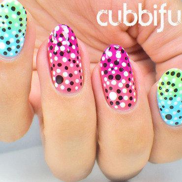 Flower dotticure nails thumb370f