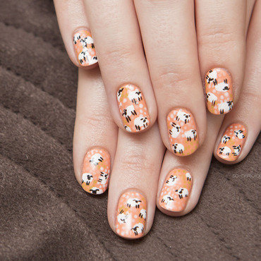Sheep nail art by Magdalena