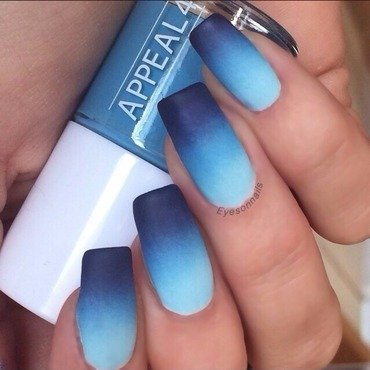 Matte blues nail art by Virginia
