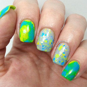 Bright blue and yellow nail art by Lindsay