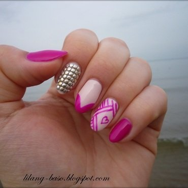 Love is in the air nail art by lilang_baso