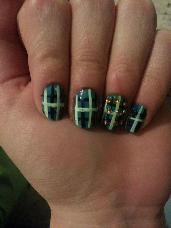 Turquoise Plaid nail art by Maya Harran
