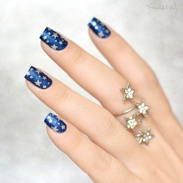 stamping stars nail art by Penélope Luz